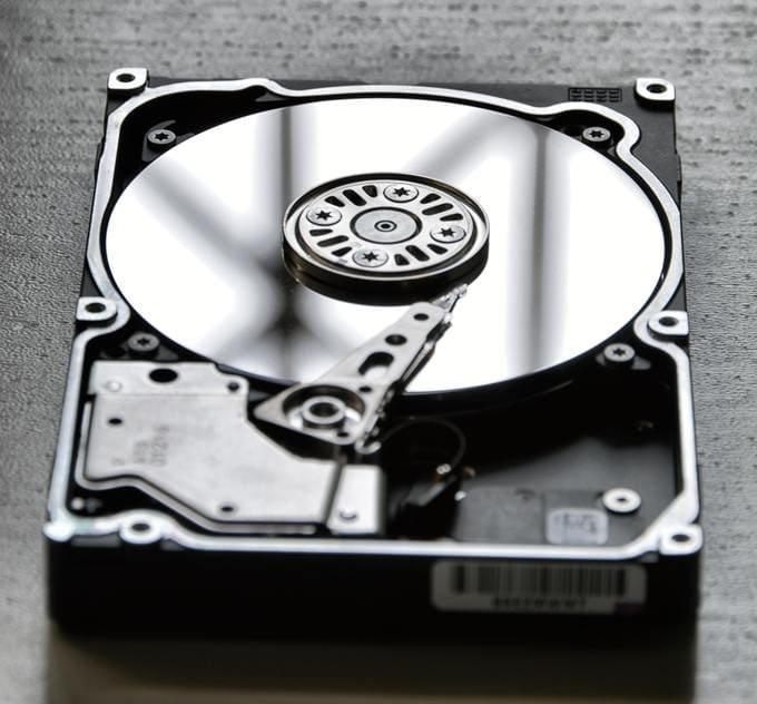 Como recuperar disco corrompido e o que pode corromper o disco rígido?